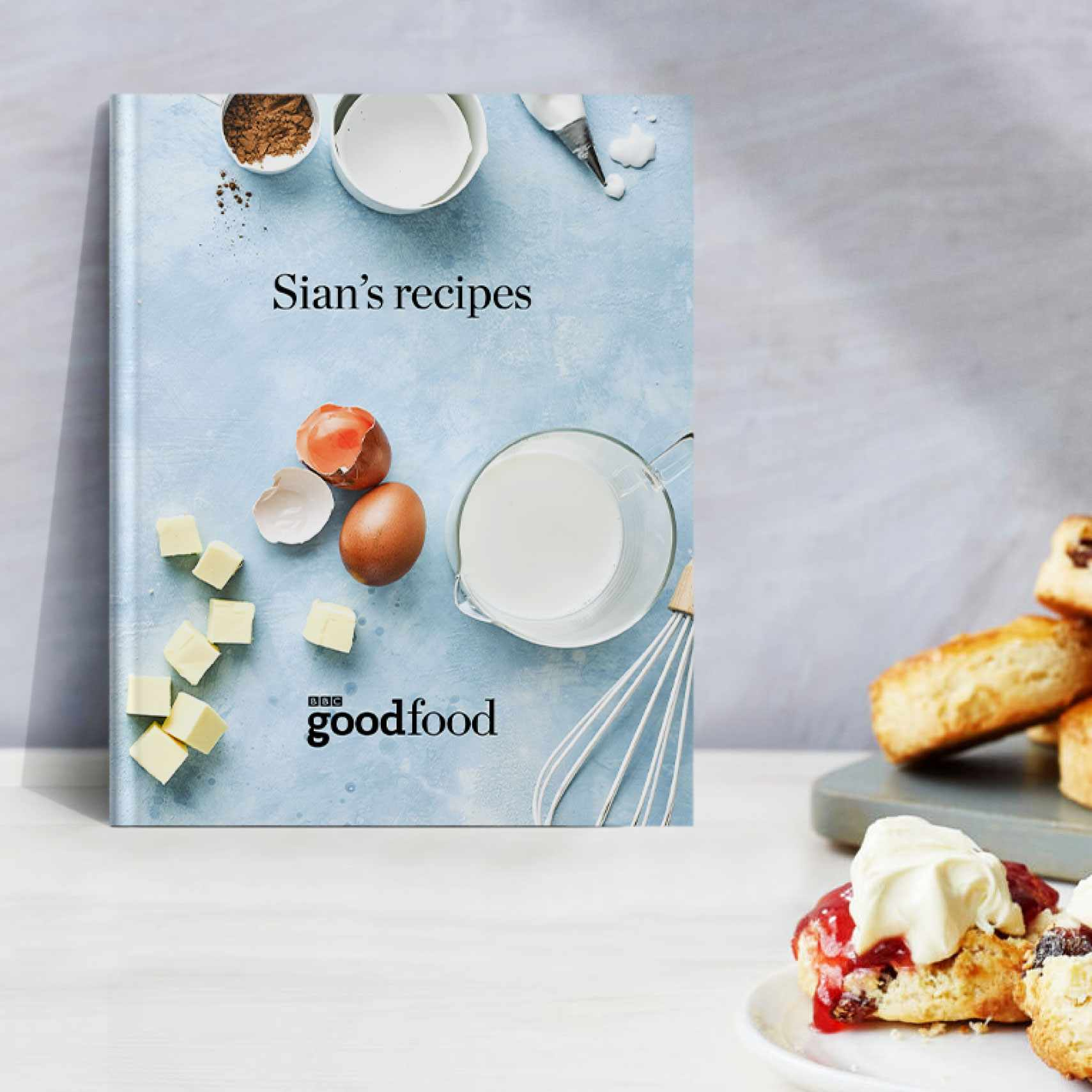 Personalised cookbook with scones