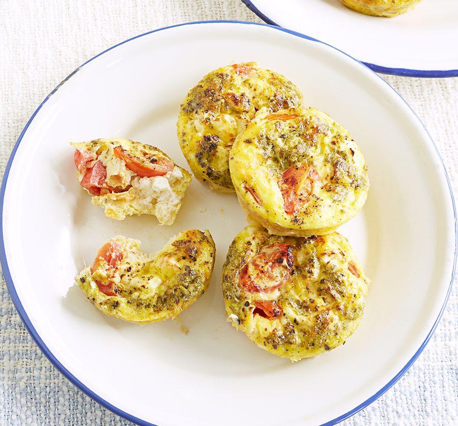 Pesto egg muffin bites