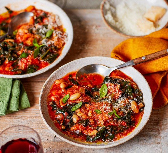 Tuscan-style ribollita served in two bowls