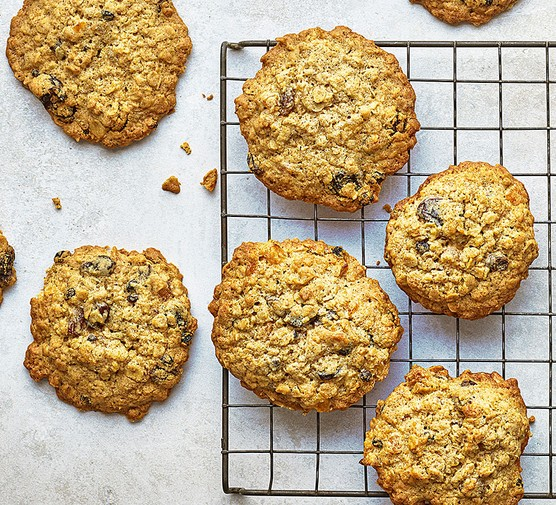 Fruity flapjack cookies on a wire rack