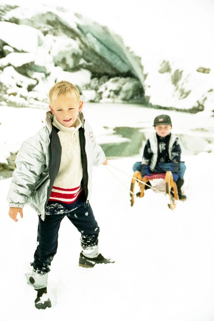 Snow Time Fun: Safe tobogganing for children