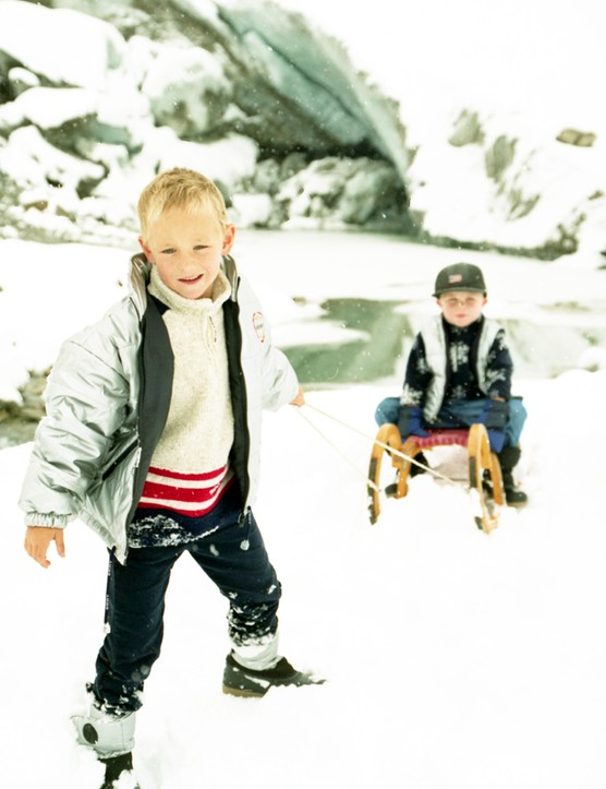 Snow time fun: Safe tobogganing for children