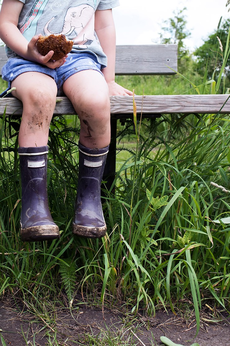 Is dirt good for children?