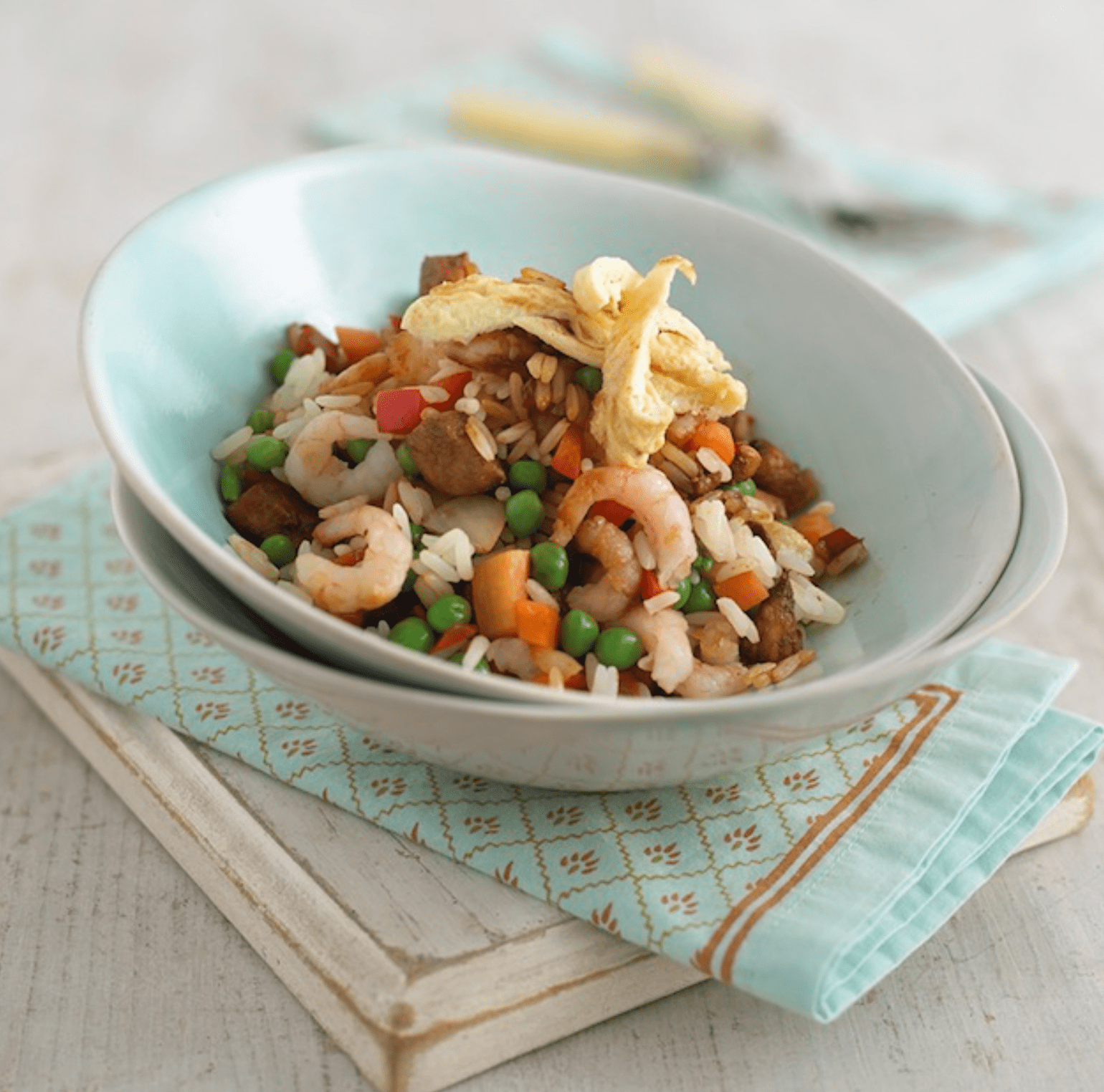 Cook Annabel Karmel's chicken fried rice with your child