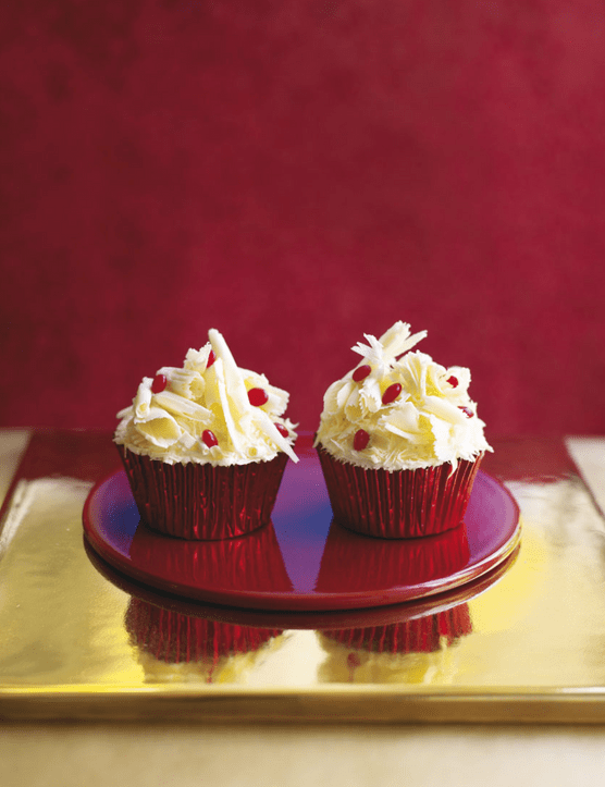 Christmas white chocolate & cranberry cupcakes