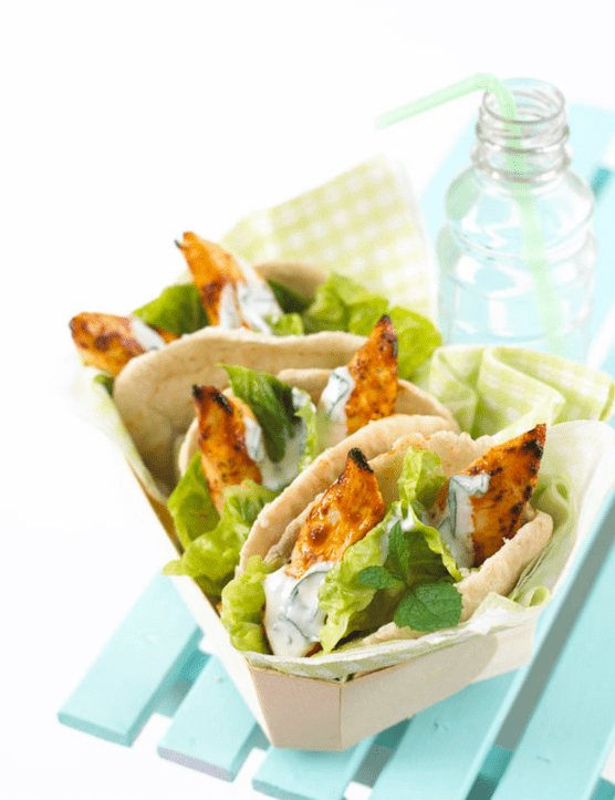 Lunch box chicken pittas with yoghurt & mint dressing