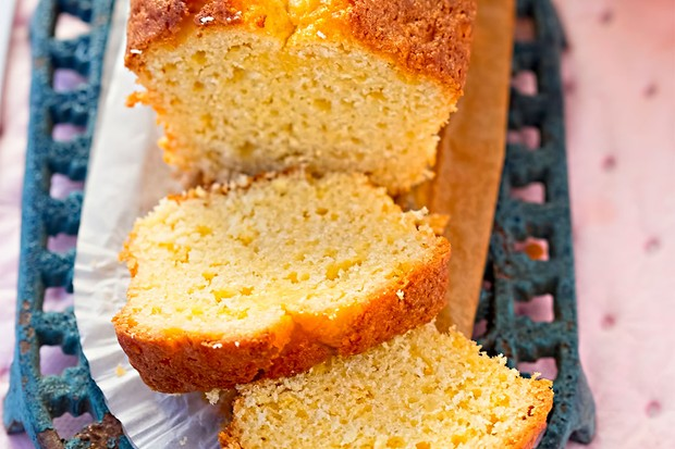 Lemon Drizzle Cake family recipe