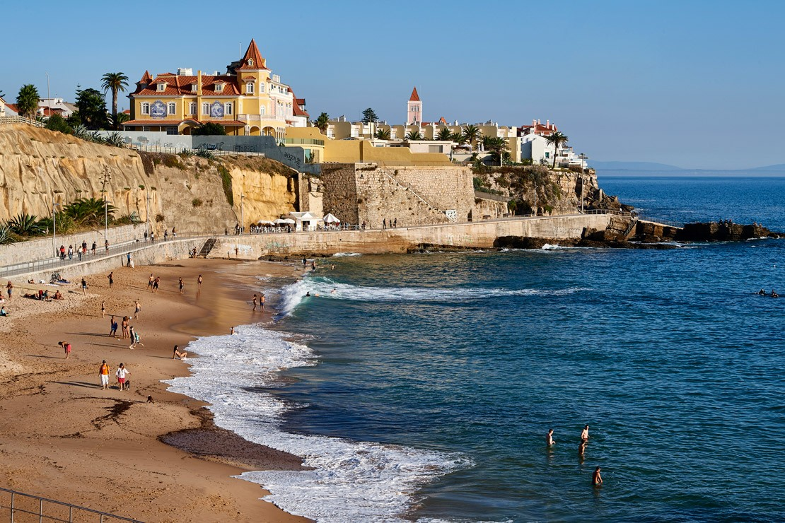 Known for its big waves and perfect surfing conditions, Cascais was the official host of the ISAF World Championship in sailing for dinghies and racing yachts in 2007