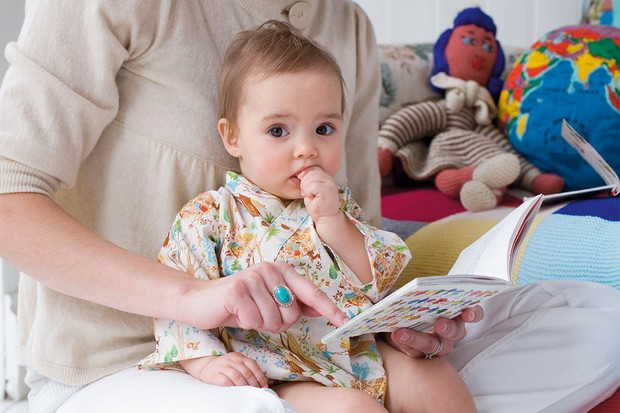 The 'good behaviour' benefits of reading to your child