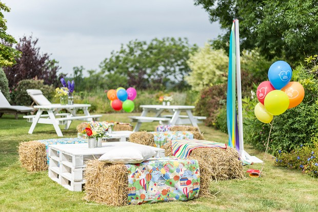 Happy 5th Birthday Little Bird! Inside the garden party at Jools Oliver London home