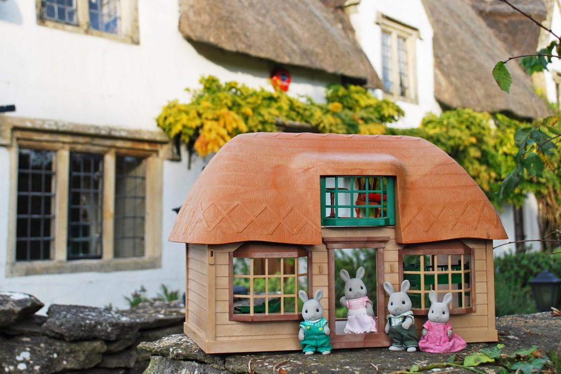 Sylvanian Families Vintage Meadowcroft Cottage