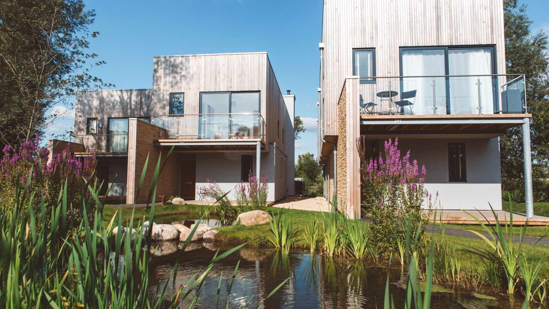 Habitat Escapes in the Cotswolds: A luxury lakeside break?