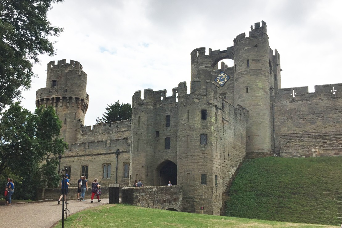Warwick Castle: Action packed adventures with the new Dragon Slayer show