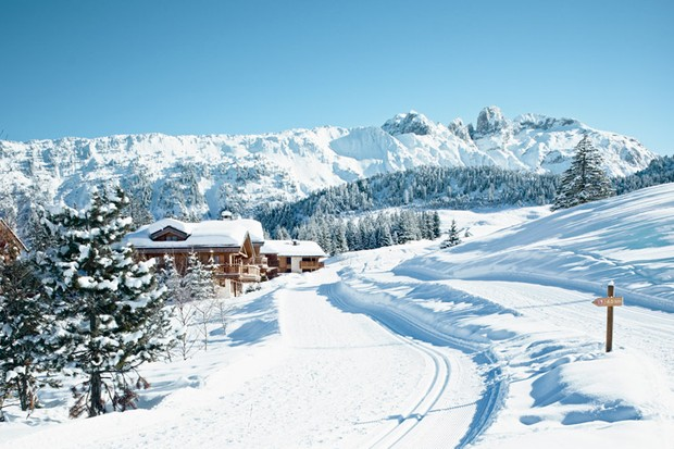 Courchevel: the perfect place for an easy first family ski trip