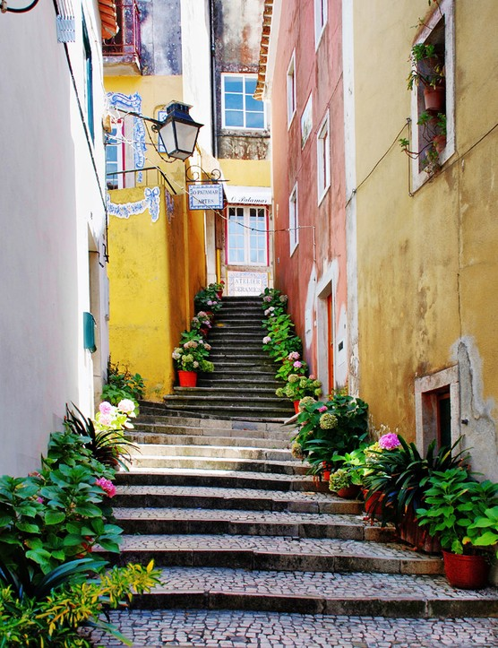 How to take a solo mum trip to Lisbon, Portugal