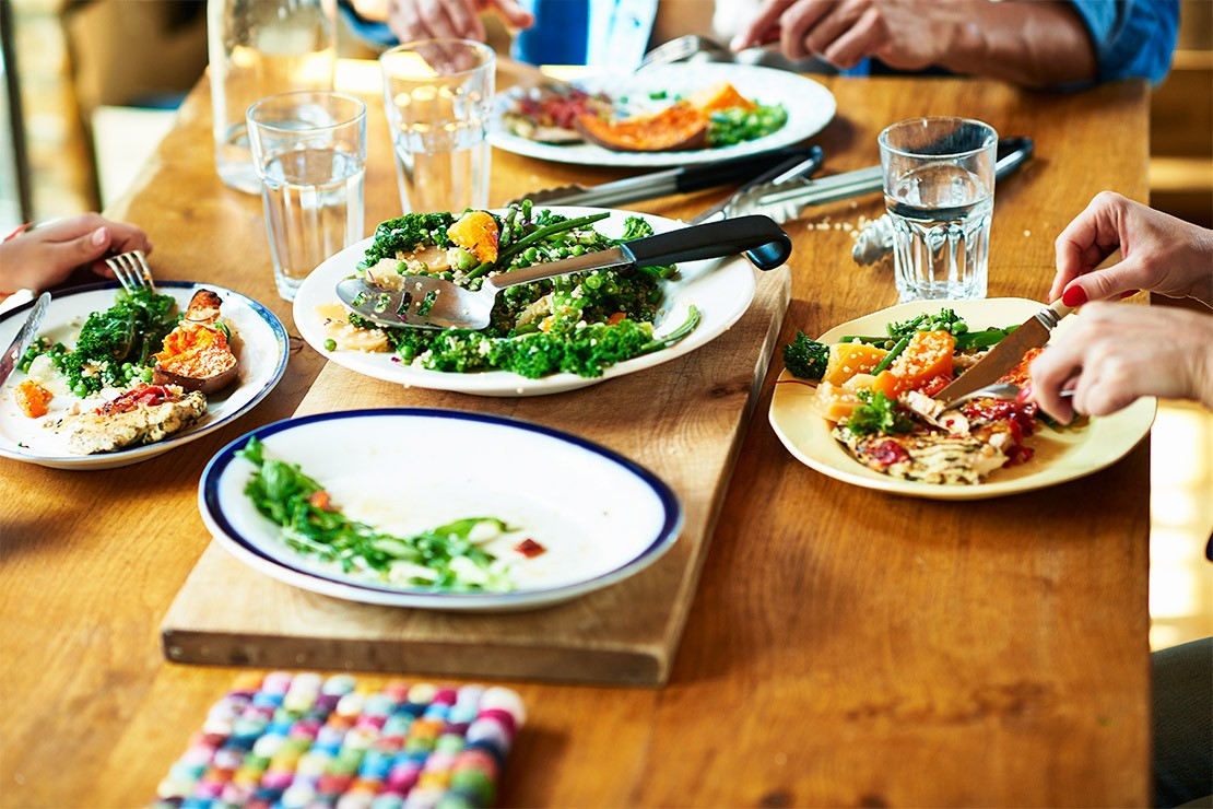 5 ways to reclaim eating at the dining table with your family