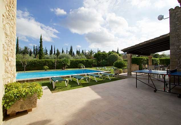 The villa is set amongst walnut and olive trees, surrounded by pomegranates, lemons and limes all ready for picking!