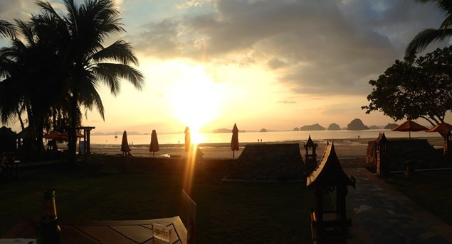 Memorable sunset's from the Bellini restaurant at Amari Vogue Krabi