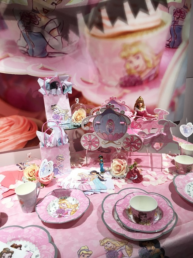 Disney Princess party pieces only avaliable at Disney Party