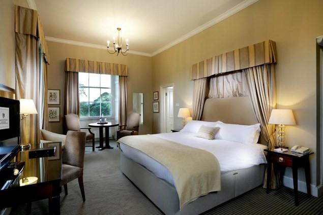 Linden Hall bedroom
