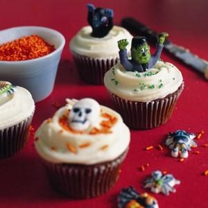 Recipe from the Primrose Bakery: Halloween cupcakes
