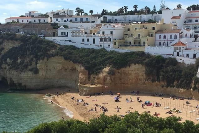 Carvoeiro beach has several beach restaurants and bars