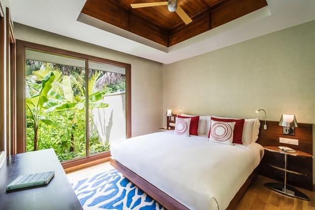 The 3-bedroom Family Beach Pavillion King Sized Room