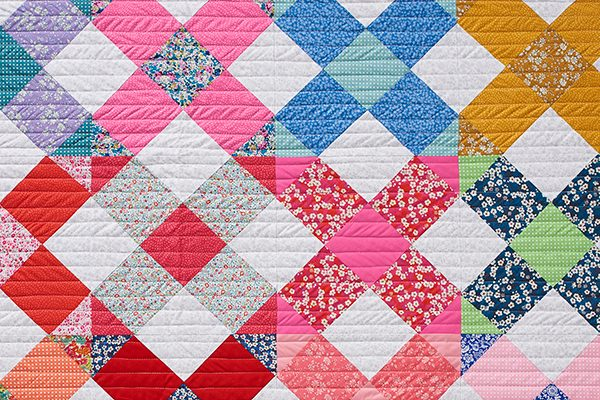 Go big with cross blocks: free cross quilt pattern