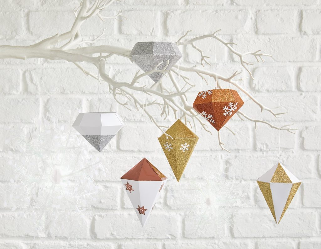 Top 20 papercraft Christmas decorations