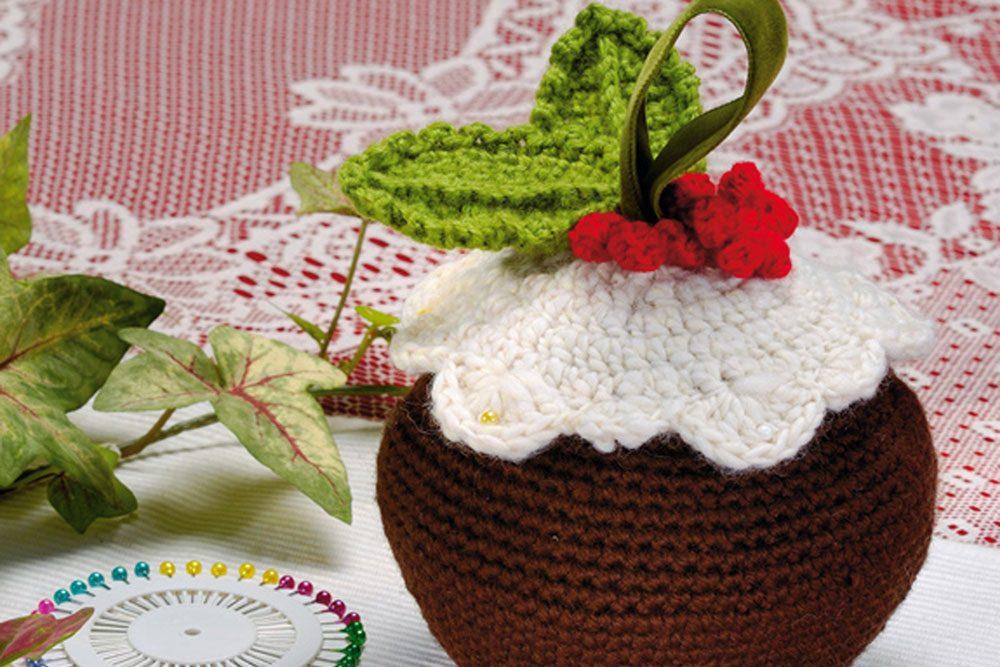 Free Crochet Christmas Pudding Basket Pattern