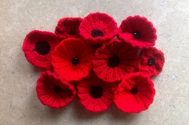 Free Knitted Poppy Pattern Gathered