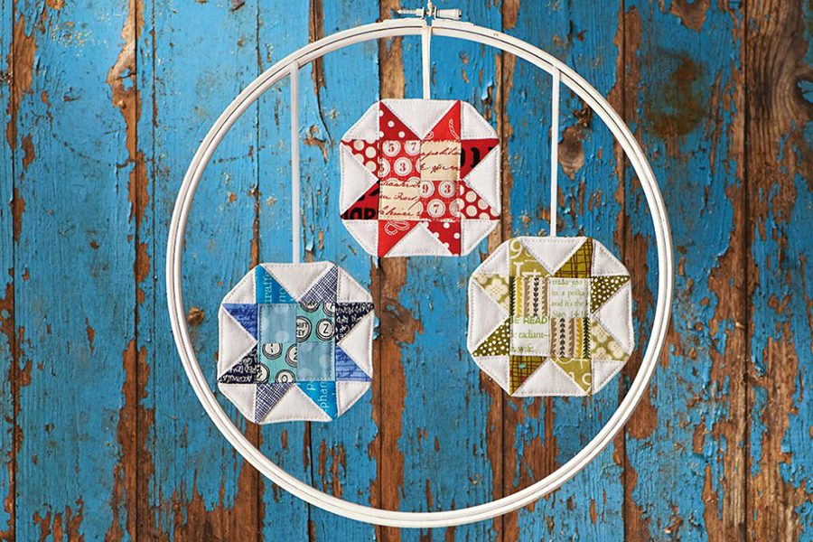 How to sew patchwork Christmas decorations