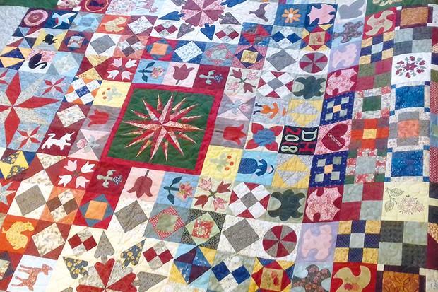 Silk Coverlet Reproduction Quilt Diane-Hilliard-3