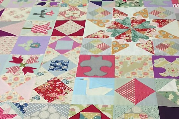 Silk Coverlet Reproduction Quilt Lesley-Grady
