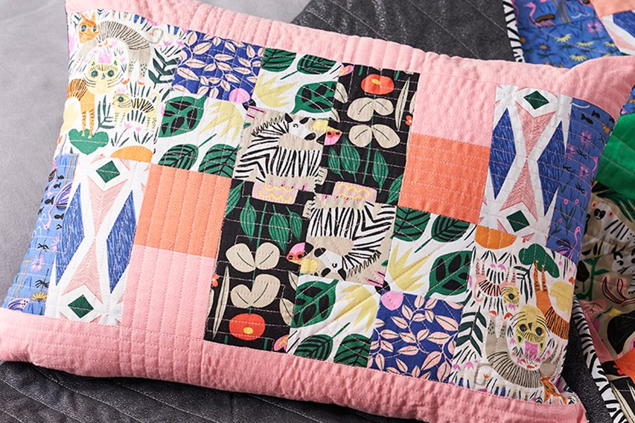 Easy patchwork cushion cover pattern