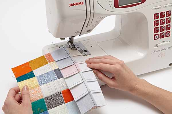 How to sew patchwork squares together quickly
