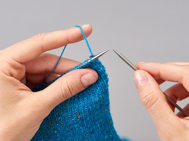 How To Do Continental Knitting Gathered