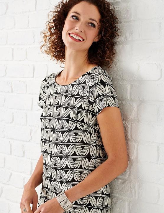 Easy shift dress sewing pattern