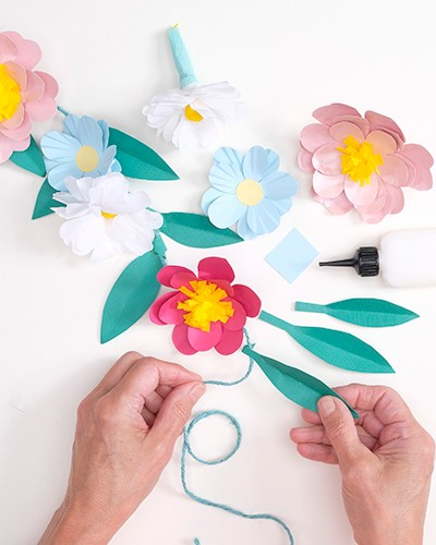 How to make a paper flower garland