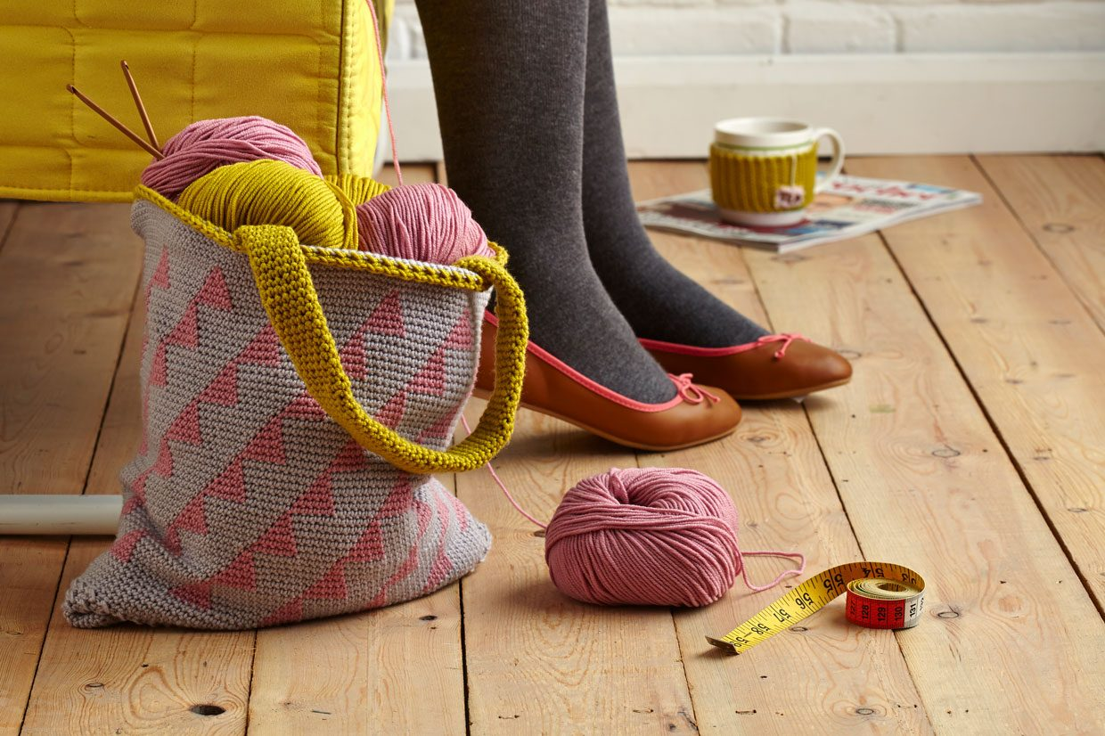 Crochet kits and essentials for beginners: everything you need to start