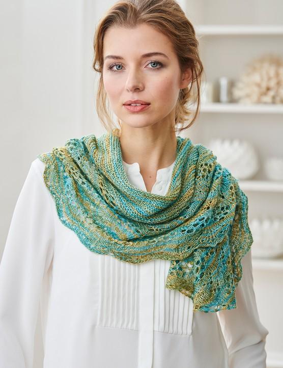 The Knitter 146 Nerys shawl