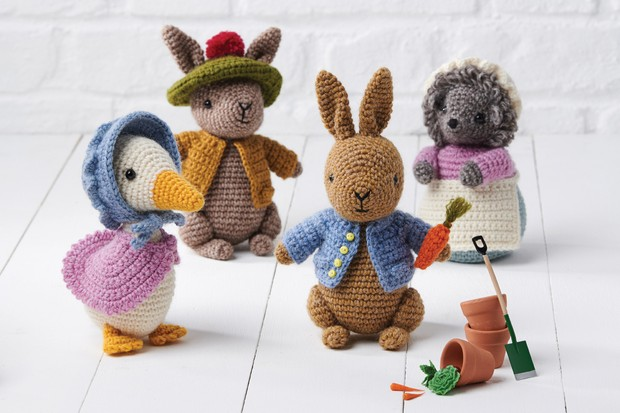 Differences of Knitting vs Crocheting Amigurumi • Le Petit Saint ... | 413x620