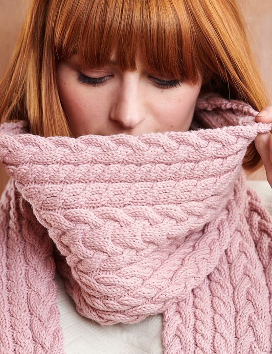 The Knitter 163 cable scarf