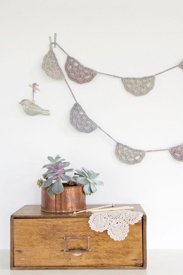 Crochet semicircle winter garland