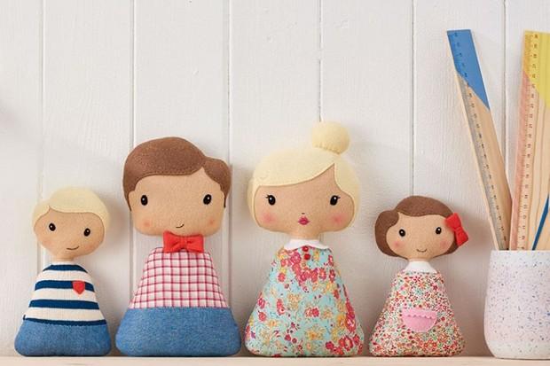 How to make a felt doll family