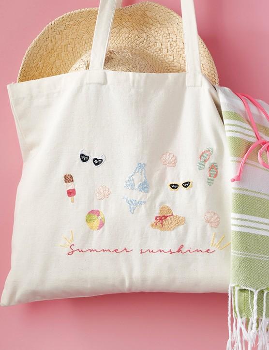 Summer tote bag by Laine Sanchez