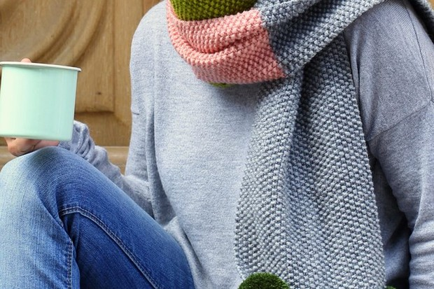 Colour block scarf knitting pattern