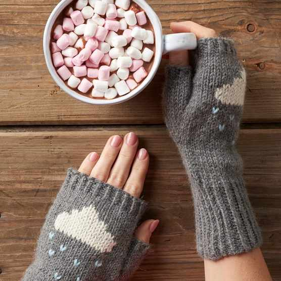 knitted wrist warmers with cloud design