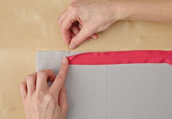 Comment faire une housse de coussin avec zip
