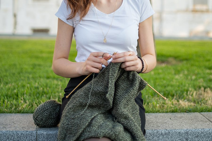 A complete guide to knitting for beginners